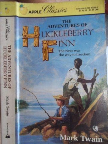 The Adventures of Huckleberry Finn - Apple Classics